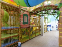 Indoor Jungle Gym Has to Make Self-promotion for Its Long Run