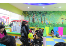 Indoor Playground Equipment Helps to Light up Ephemeral Childhood